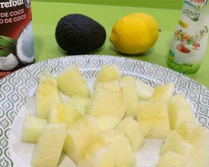 Polo de melón y aguacate